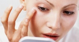Как избавиться от морщин вокруг глаз?