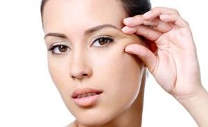 Причины появления морщин вокруг глаз