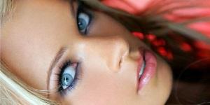 Тон теней для голубых глаз