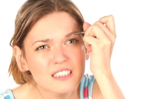 Как выщипать брови без боли самой?