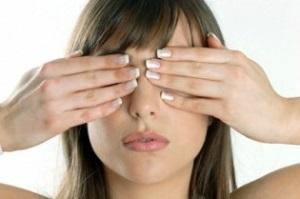 Ресничный клещ-симптомы и лечение