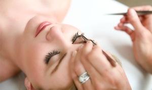 Возможность макияжа глаз с наращиванием