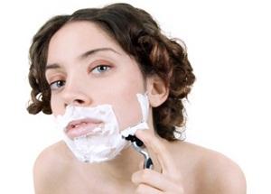 Почему растет борода у женщин?