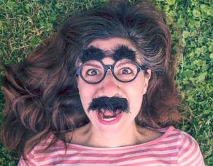 Волосы на лице у женщин: причины появления и как их можно удалить навсегда?