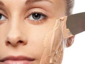 Список лучших марок некомедогенных тональных кремов для проблемной кожи