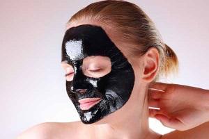 Противопоказания и частота применения черных масок