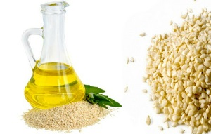 Кунжутное масло для лица: рецепты для разных типов кожи