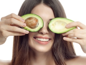 Польза масла плодов авокадо для кожи