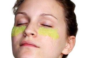 Авокадо для кожи вокруг глаз