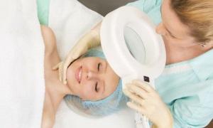 Как избавиться от жировика на лице?