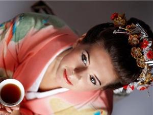 Японские массажеры для омоложения лица