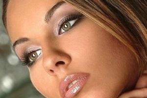 Тон теней для зеленых глаз