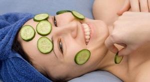 Применение огурца для кожи