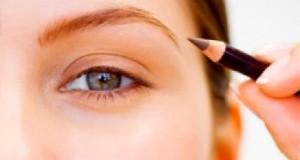 Как рисовать стрелки на глазах карандашом?