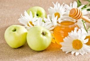 Из меда и яблок