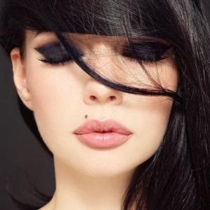 По какому случаю можно сделать такой макияж?